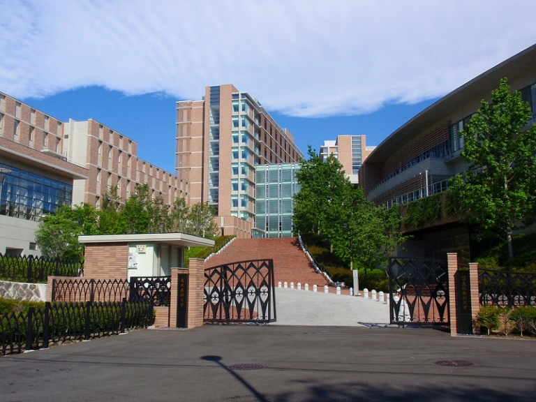 東北薬科大学、就職率が上昇した大学ベスト100堂々の第2位